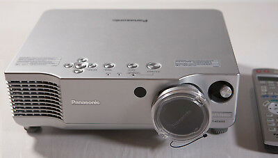 Panasonic PT-AE900E LCD Projektor, Beamer, High Definition