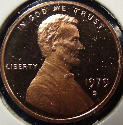 """1979-S Type 2 clear """"S"""" & Type 1 filled """"S"""" Proof Lincoln cents."""