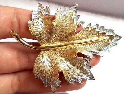 "Stunning Vintage Estate Signed Sarah Cov Gold Tone Leaf 2 3/4"" Brooch!!!! 7956K"