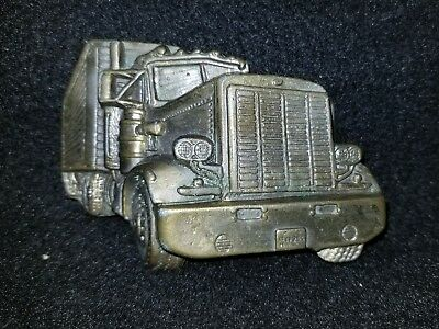 Truckers belt buckle tractor trailer, 3 x 2.5 Approximate size