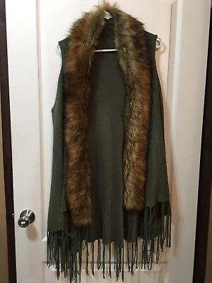 Fringed Long Sweater Knit Vest, Fur on collar, Open Front, LG
