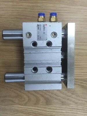 SMC MGPM32-25 Pneumatic Compact Guide Cylinder, 32mm Bore 25mm Stroke 1.0 MPa