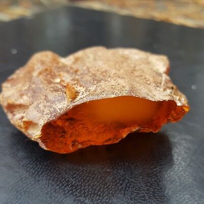 BALTIC AMBER STONE 31.7 g. GENUINE BALTIC AMBER.