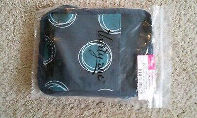 NWT Thirty One Gifts Small Packing Cube in La Di Dot Blue