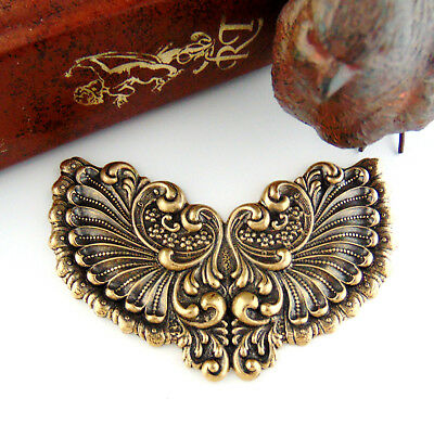 ANTIQUE BRASS Victorian Winged Shell Cartouche Stamping Oxidized (C-802)