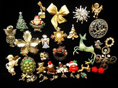 Large Lot of Vintage Christmas Holiday High End Jewelry Theme to Classic