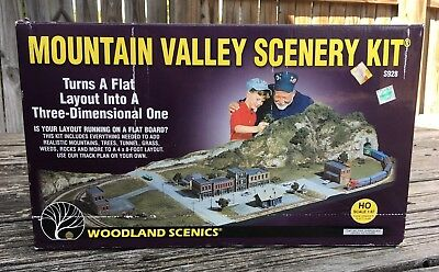Woodland Scenics Mountain Valley Scenery Kit HO Scale 1:87 S928