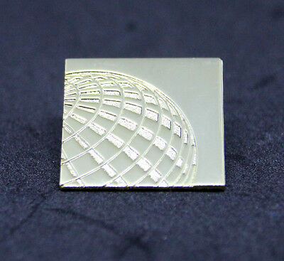 Pin UNITED AIRLINES golden 1 inch metal Pin for Crew, Pilots, Ground Staff