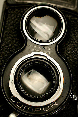 Antique Rollei Rolleicord Twin Lens Reflex Camera And Shade/focusing Screen