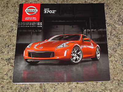 2017 Nissan 370Z Sales Brochure Mint! 20 Pages