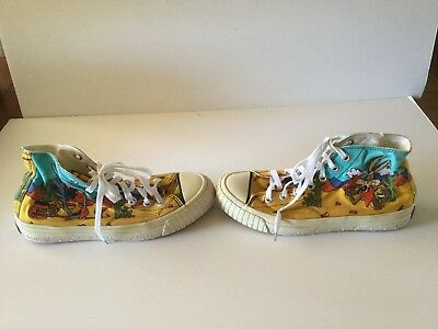 Vtg Keds Ladies Size 7  1/2  High Tops Wile E. Coyote & Roadrunner Looney Tunes