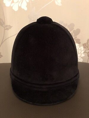 Brand New Charles Owen Young Riders Riding Hat. Black Size 7 1/2 61cm.