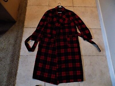 70 to 80 year old Pendleton Wool Robe (M)-more like an XL
