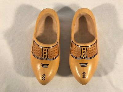Old Vintage Hand Carved Hand Painted Dutch Wooden Shoes Clogs Holland ~ 23cm