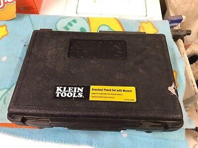 "Klein Tools 53732-SEN Knockout Punch Set 1/2"" To 2"" With Wrench Hand Tool."