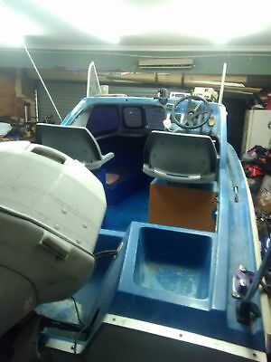 17ft swiftcraft full cab boat