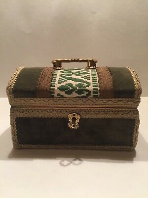 """Small Wood Treasure Chest Box covered with Fabric Green with a Lock & Key 6.5"""" W"""