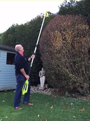 Telescopic hedge trimmer and accessory - only used twice. A real bargain