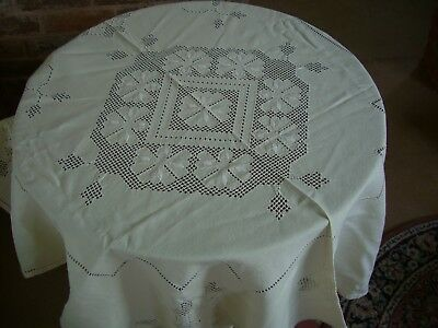"""Tablecloth 92""""(234) x 54""""(137cms) Gorgeous off white Hearts and floral shapes"""