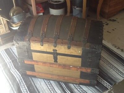 Beautiful Antique Humpback Steamer Trunk,Collectibles,Trunk,Home & Garden,Kustom
