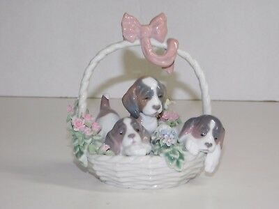 Lladro A Litter of Love 3 puppies in Floral Basket #1441 Good Condition