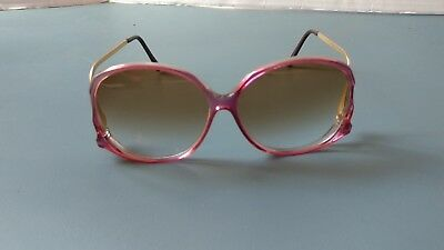 pair of cool vintage women's sunglasses made in Taiwan w/  brown gradient lens