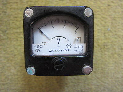 VINTAGE SOVIET small Const Voltmeter - M4203 (0-3) 1983 year 40mm x 40mm x 45mm
