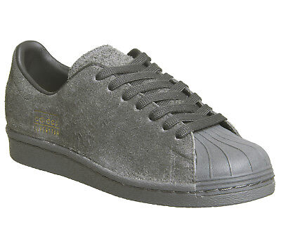 40f2c0e1aa6d WOMENS ADIDAS SUPERSTAR 80 s Clean UTILITY BLACK Trainers Shoes ...