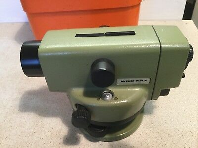Leica Wild Heerbrugg NA1automatic level and case calibrated good order for age