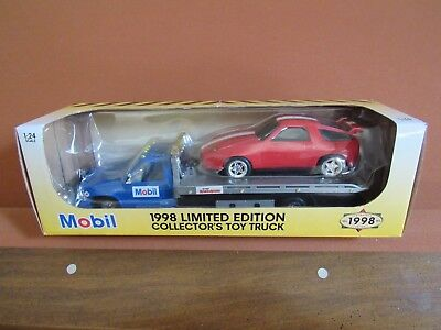 Mobil 1998 Collectors Toy Truck with Porsche Diecast 1:24 NEW
