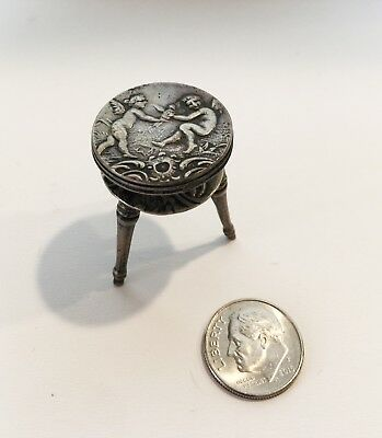 ANTIQUE STERLING SILVER CUPID MINITURE FURNITURE MECHANICAL STOOL 12.50 grms