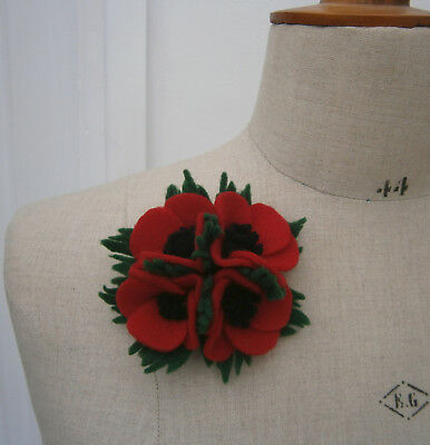 VINTAGE 1940s RED FELT POPPY CORSAGE POSY BROOCH WW2 WEDDING HOME FRONT 1