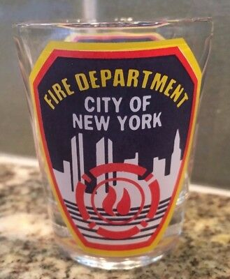 CITY NEW YORK FIRE DEPARTMENT SHOT GLASS FDNY SKYLINE TWIN TOWERS Bright Graphic