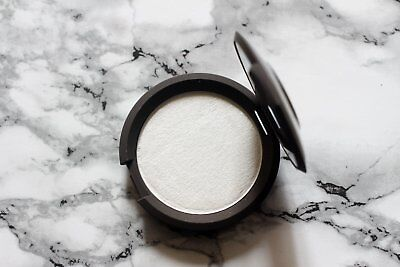 """BECCA Shimmering Skin Perfector Enlumineur poudre """"Pearl"""""""