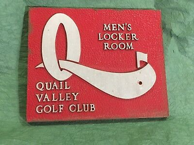 Nice Vintage Golf Country Club Sign Clubhouse Locker Room   Nice Detail!!