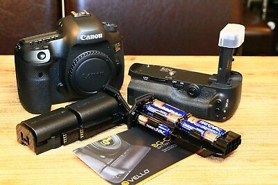 Canon EOS 5DS R 50.6MP Digital SLR Camera - Black (Body Only) with extras