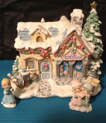 Precious Moments Hawthorne Christmas Village Lighted Tiny Treasures Toy Shop