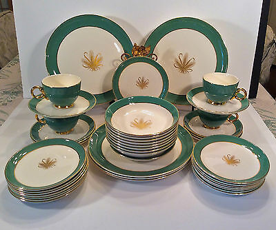 TAYLOR SMITH TAYLOR  GOLDEN WHEAT - Green & Gold-41-Piece Lot-made in the USA