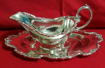 """7040"" Pattern by Wallace silver plate Gravy boat and tray."