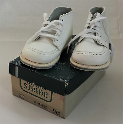vintage CHILD STRIDE white leather SHOES w Box 5 1/2 D Moc Boot 662 unused high