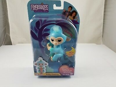 WowWee Fingerlings Monkey Charlie Two Tone Ombre-Toys R Us Exclusive! 40+ Sounds