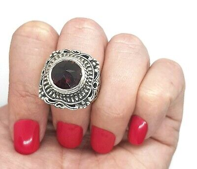 Garnet Ring, Antique Style, Size 6 3/4 US, Sterling Silver, LOVE