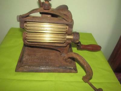 Antique Crown collar Crimping Machine Iron Laundry