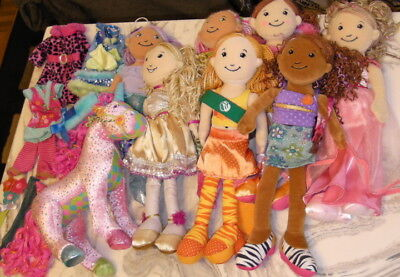 Groovy Girls lot of 8 dolls + outfits -- GREAT GIFT!