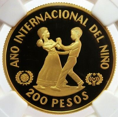 1982 Gold Dominican Republic 200 Pesos Year Of The Child Coin Ngc Proof 69 Uc
