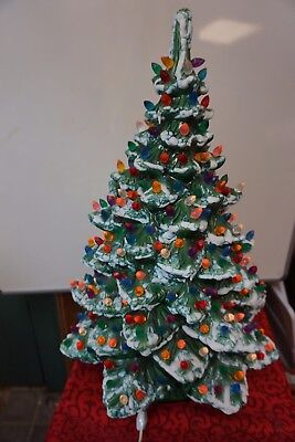 Vintage 8 5 Ceramic Christmas Tree With Music Box 10 00 Picclick