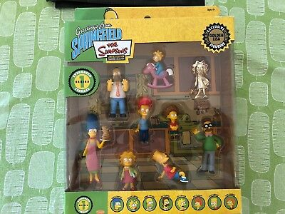 The Simpsons Limited Edition Figurine Collection Series 1 with gold Lisa