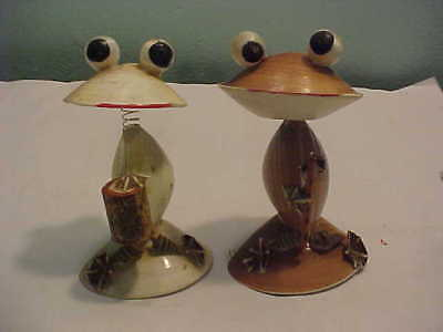 2 Vintage Sea Shell Frogs-Bobble Head DRINKING LEMONADE & shells Made Japan 50's