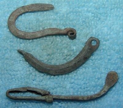 LOT OF 3 ANCIENT ROMAN BRONZE FIBULA BROOCH PARTS 1- 3rd CENTURY AD Ref.447