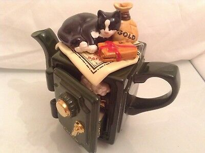Rare Cardew Collectable Novelty Two Cup Safe Teapot With Cat,maps And Gold Great